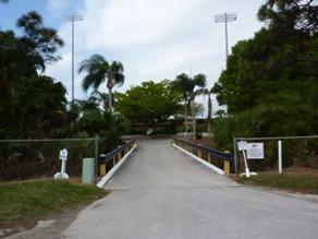 Il ponticello che porta allo stadio principale