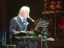 Paul Weller al piano