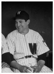 Conrado Marrero con la maglia di Washington