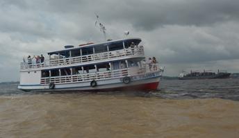 L'incontro delle acque tra Rio Negro e Rio delle Amazzoni
