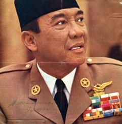 Una foto autografata da Sukarno